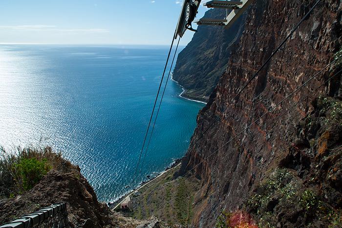 Madeira_Seilbahn_Klippen