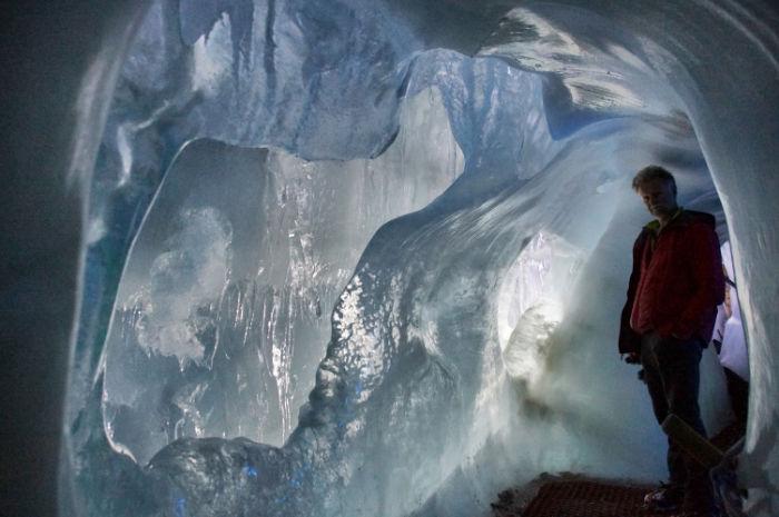 Natur_Eis_Palast_Hintertux_Gletschereis
