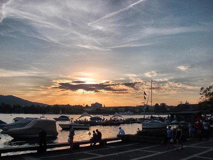 Schweiz-Zürichsee-abends