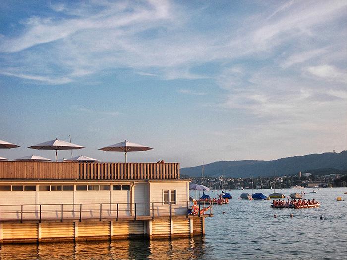 Schweiz-Zürichsee-Seebad