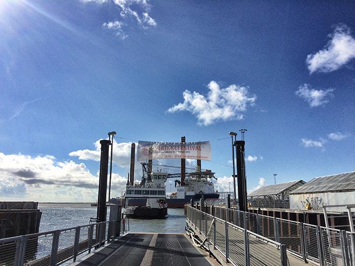 Strickfestival_Banner-am-Hafen