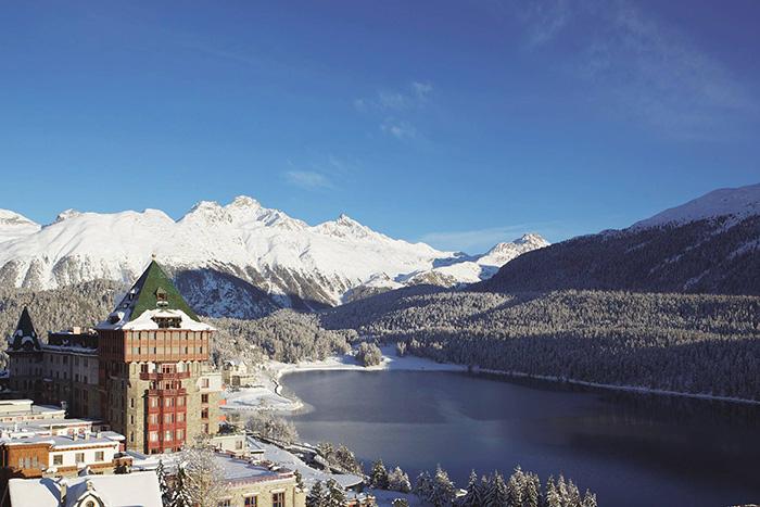 Badrutt's Palace-im-Schnee2