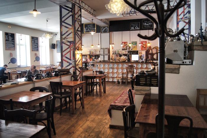Budapest Sehenswürdigkeiten-koeleves-cafe
