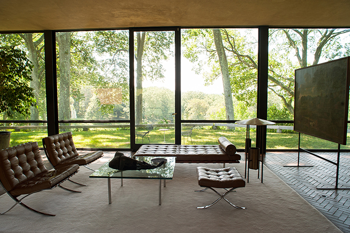 The_Glass_House_Mies_van_der_Rohe