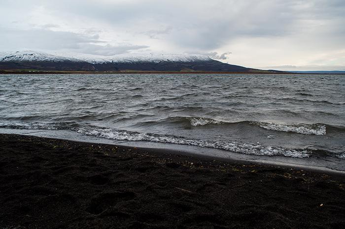 Iceland_Stopover_Schnee_und_Wasser
