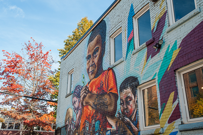 Toronto_Streetart_Elicser_Indigo