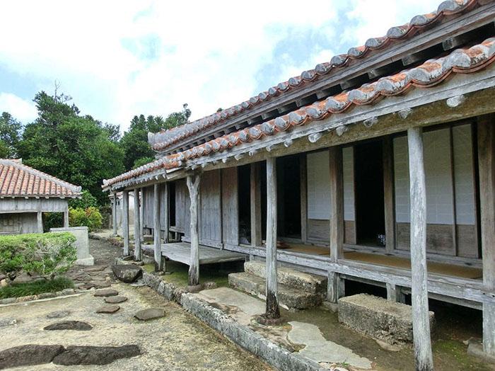 Tipps_für_Okinawa_-uezo_house
