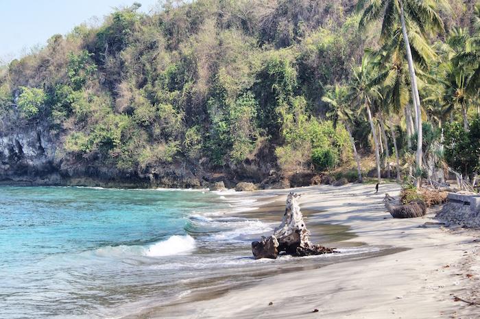nusa-lembongan-reisebericht-strand-auf-nusa-penida