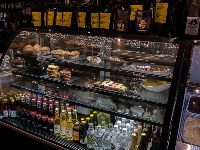 Tag_in_Helsinki_Café-Fratello_Theke