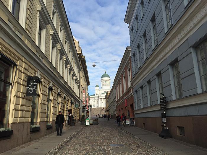 Tag_in_Helsinki_Gasse