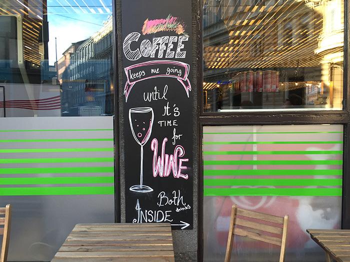 Tag_in_Helsinki_Wein-und-Kaffee
