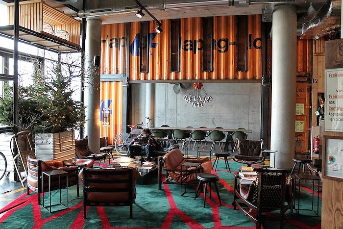 Hamburg im Winter Lobby