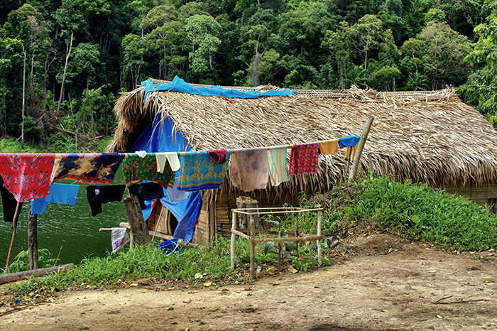 Malaysia-Belum---Huette-Orang-Asli