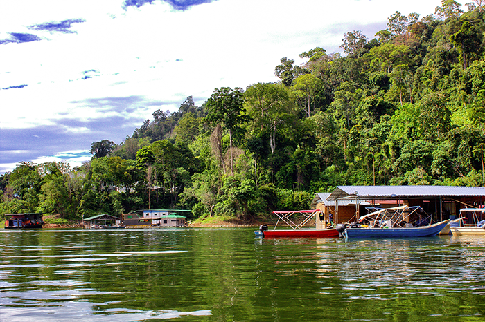 Malaysia Belum - Regenwald Boote