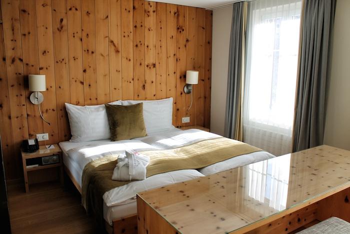 schlafzimmer hotel adula