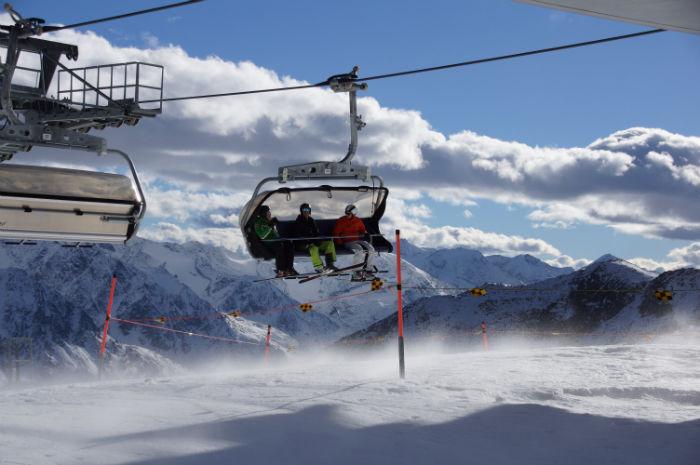 Tiroler_Gletscher_Sölden_Gondel