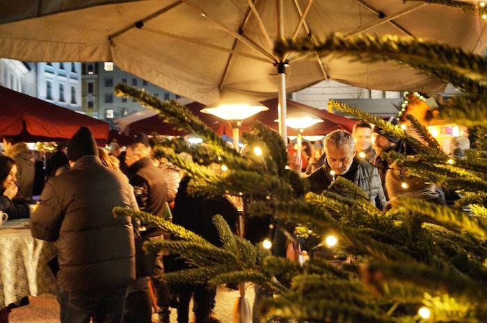 Weihnachten in Graz Weihnachtsmarkt Joanneumviertel