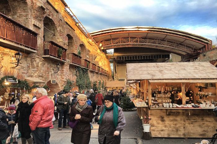 Weihnachten in Graz Weihnachtsmarkt Schlossberg
