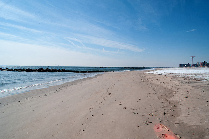 Strand_Coney_Island