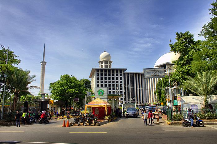 Tipps für Jakarta-Moschee-komplett