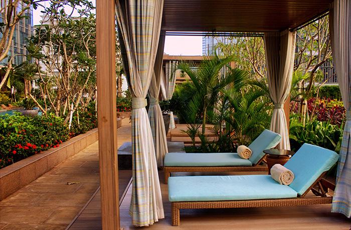Tipps für Jakarta-Raffles-Liegen-Pool
