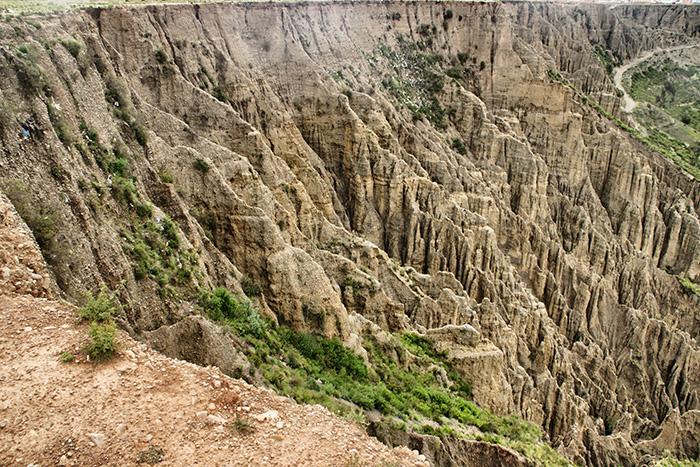 Bolivien-Reisetipps-La-Paz-Steinwaende
