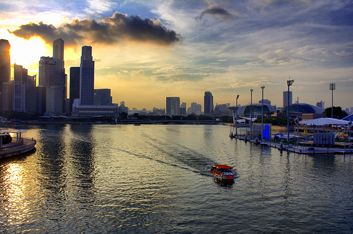 Ein-Tag-in-Singapur-Singapur-Skyline-Sonnenuntergang
