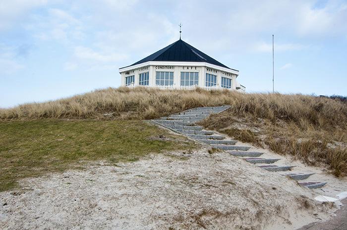 Norderney Sehenswürdigkeiten-Cafe in den Dünen