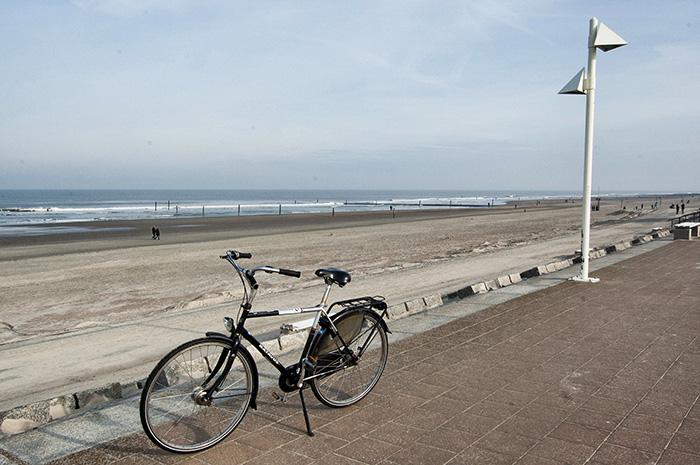 Norderney Sehenswürdigkeiten-Rad an der Promenade