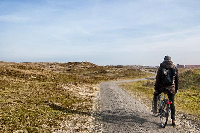 Norderney Sehenswürdigkeiten-Fahrrad in den Dünen