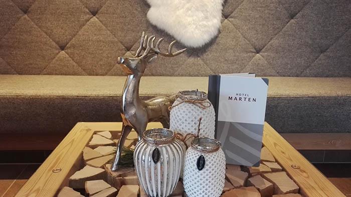 ssaalbach-hinterglemm-hotel-marten_empfangsbereich