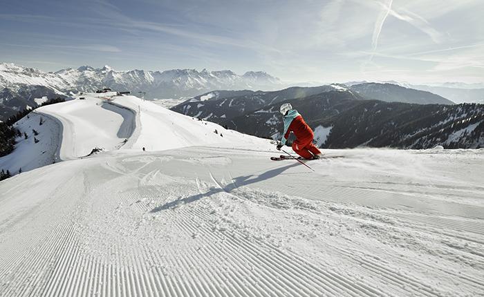 Saalbach Hinterglemm-Photocredit Saalfelden:Leogang Touristik GmbH_Skifahren - Skiing2 (c) Lolin
