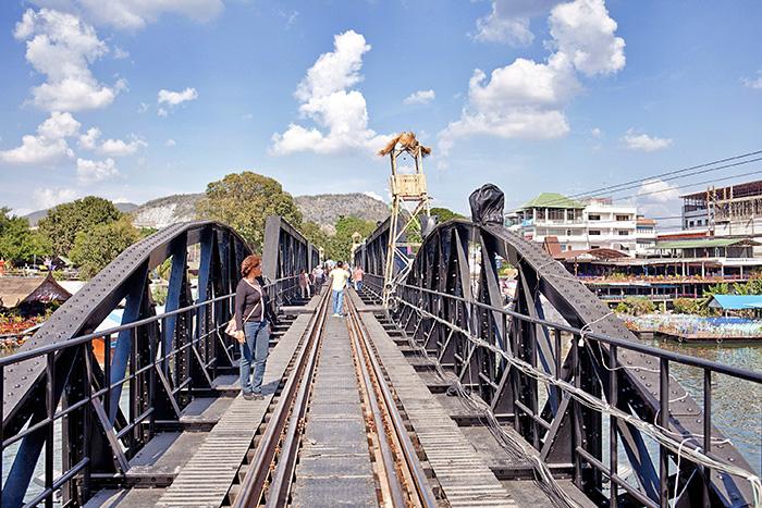 Alleine in den Urlaub - Brücke
