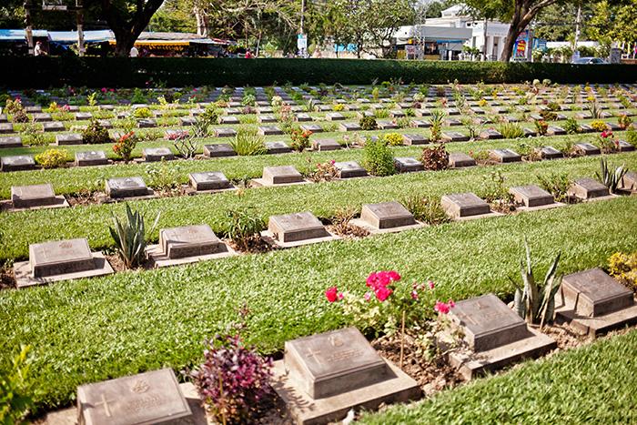 Alleine in den Urlaub - Friedhof
