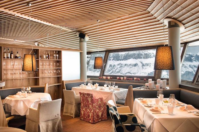 dolomiti-superski-cc-porto-vescovo-restaurant-innen