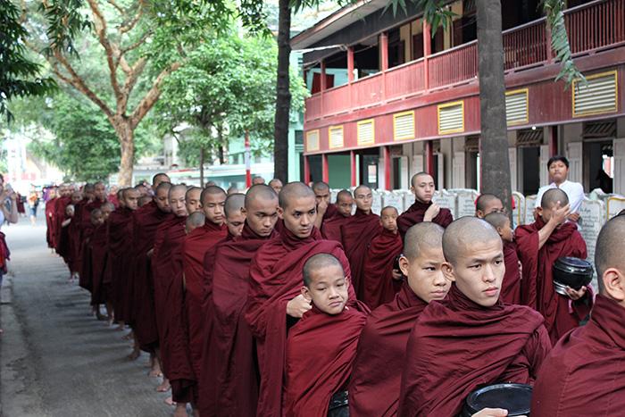 Mandalay-Kloster3