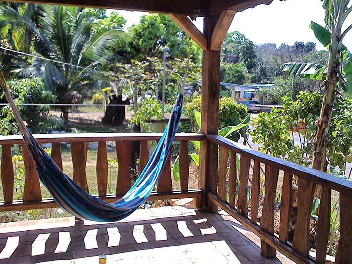 Mittelamerika-Haengematte-Terrasse