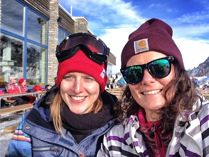 snowboarden im stubaital anne und rena huette