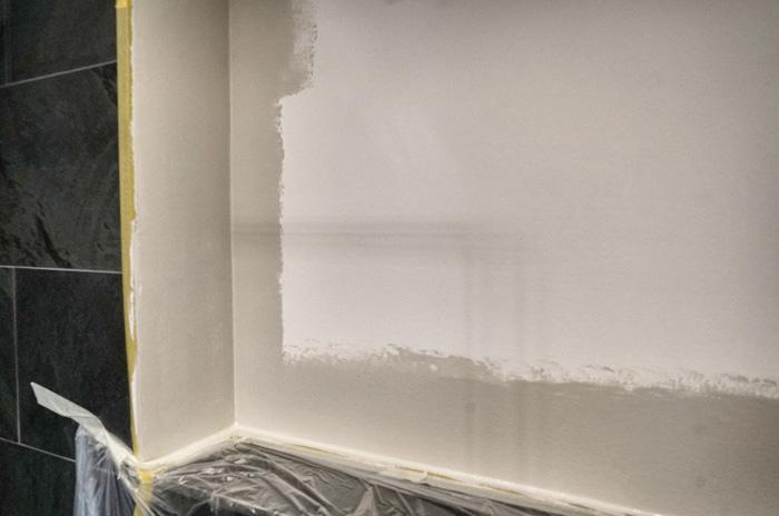 wie kann man eine wand streichen so dass es gut aussieht. Black Bedroom Furniture Sets. Home Design Ideas