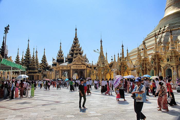 Yangon-Shwedagon2
