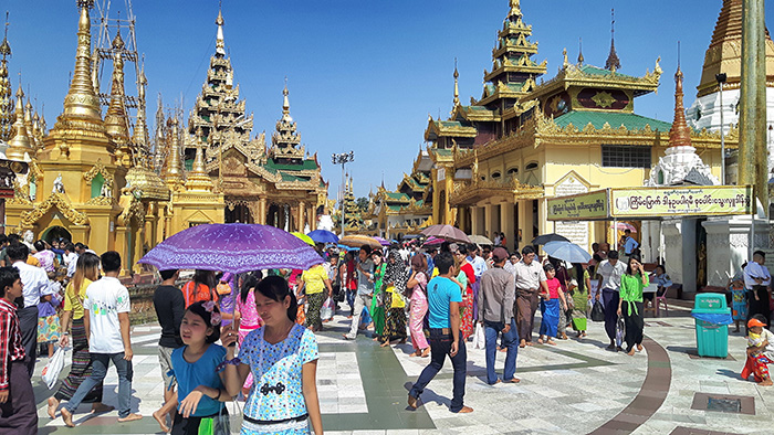 Yangon-Shwedagon5