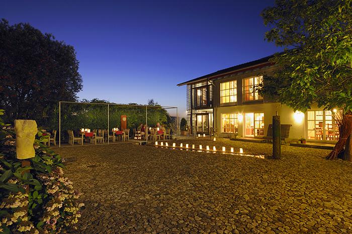 Hofgut Innenhof (Foto Hofgut Hafnerleiten)