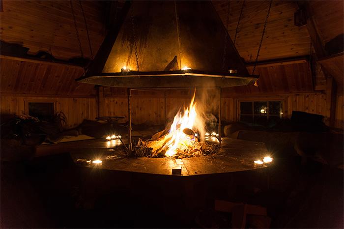 nacht_am_feuer_wilderness_camp