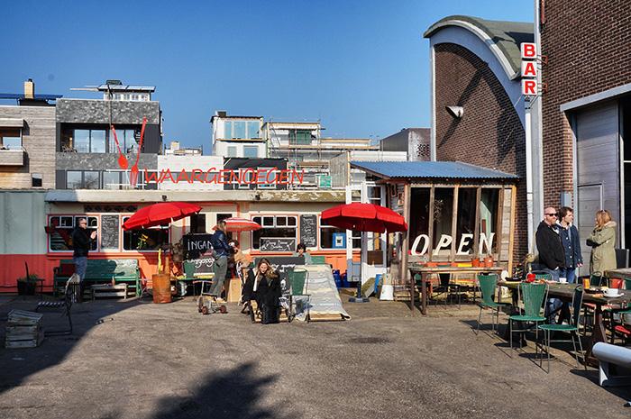 Amsterdam Noord Neef-Louis-3-Cafe