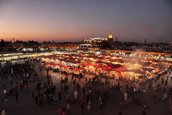 Urlaub in Marrakesch - Markt-bei-Nacht