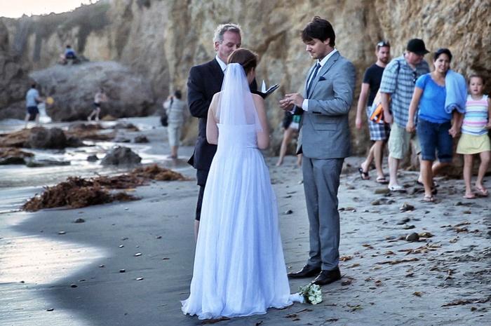 Wahrend Die Einen Schon Brautkleider Fur 2020 Aussuchen