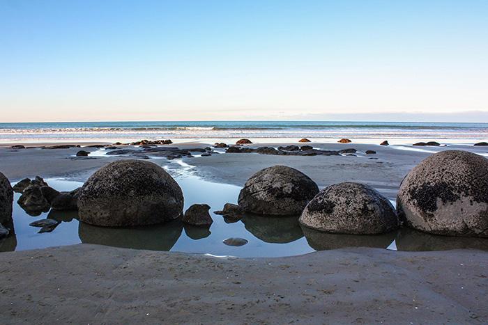 4-moreaki-boulders