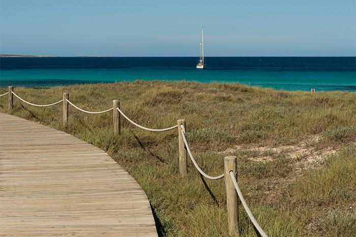 llevante_beach_formentera