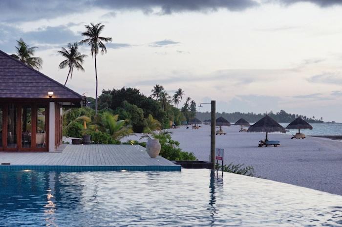 Malediven Pool Area
