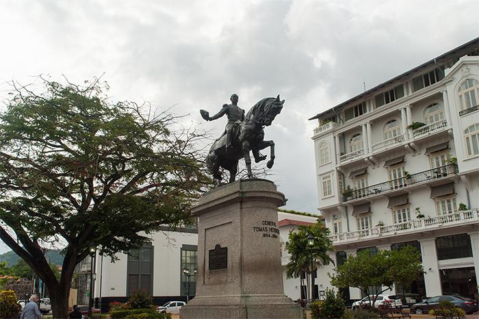 plaza-tomas_herrera